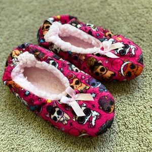 🌺Cute LOL Surprise Slippers  Girls Size 3🌺